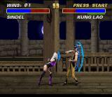 Mortal Kombat 3 SNES Sindel shows to Kung Lao the immense supersonic power of her vocal chords...