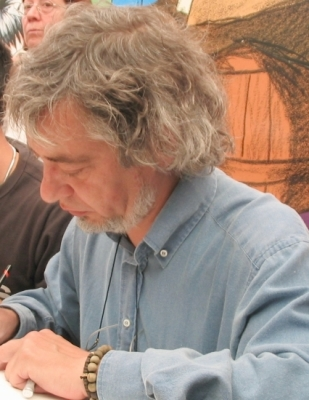 Luis Royo at some comic exposition (2003)