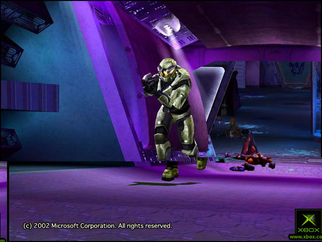 Halo: Combat Evolved Screenshot Master Chief aboard The Truth and Reconciliation