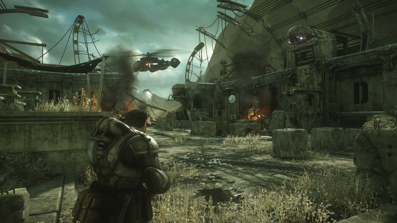 Gears of War: Ultimate Edition Screenshot Waiting for the helicopter