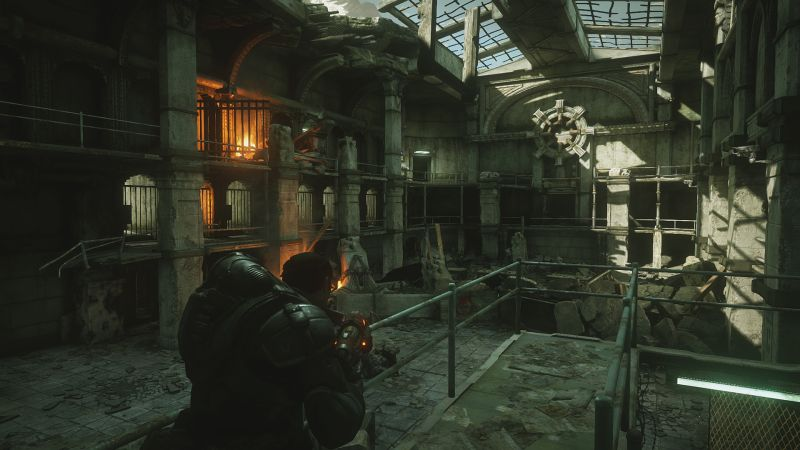 Gears of War: Ultimate Edition Screenshot Exploring the prison in which Marcus was held