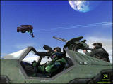 Halo: Combat Evolved Screenshot Fighting a Banshee from a Warthog