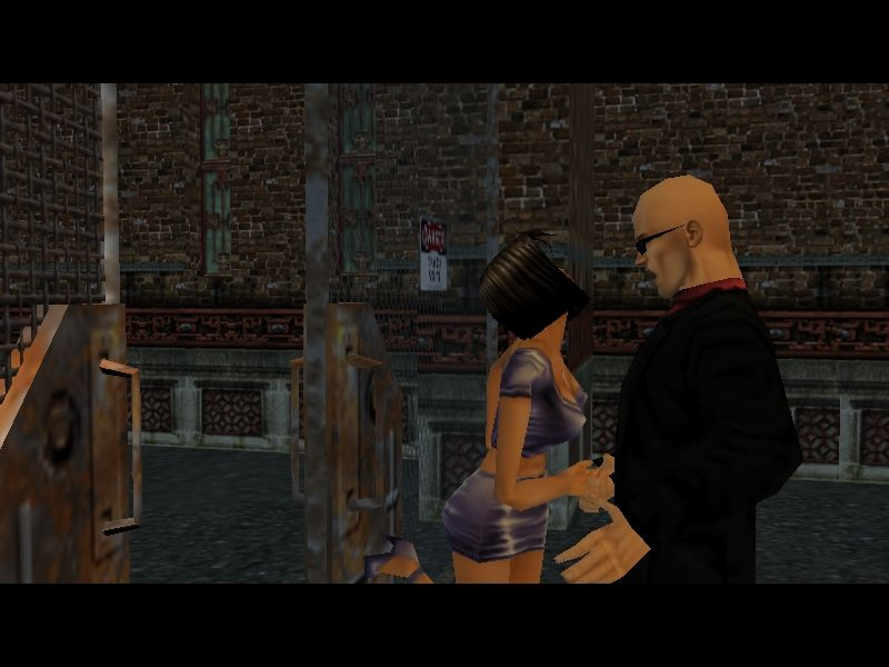 Hitman: Codename 47 Windows Not everyone is out to kill you, as this thankful former damsel in distress tries to prove with a good-bye kiss.