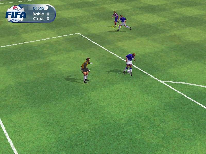 FIFA 2001 Windows Gameplay Shot: A number of camera angles are available, from telecast to action (as shown here) to a tower view that brings back memories of watching pixels play soccer.