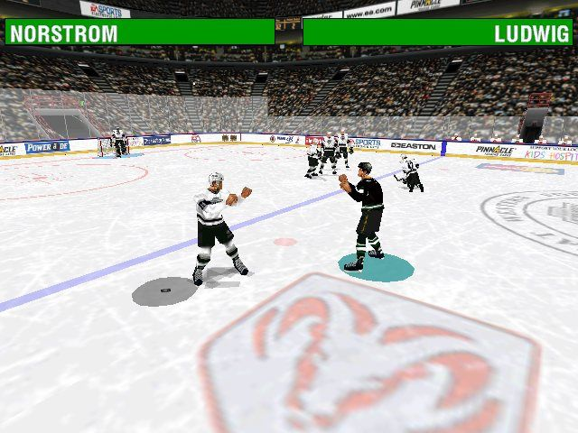 NHL 98 Windows It's a fight!