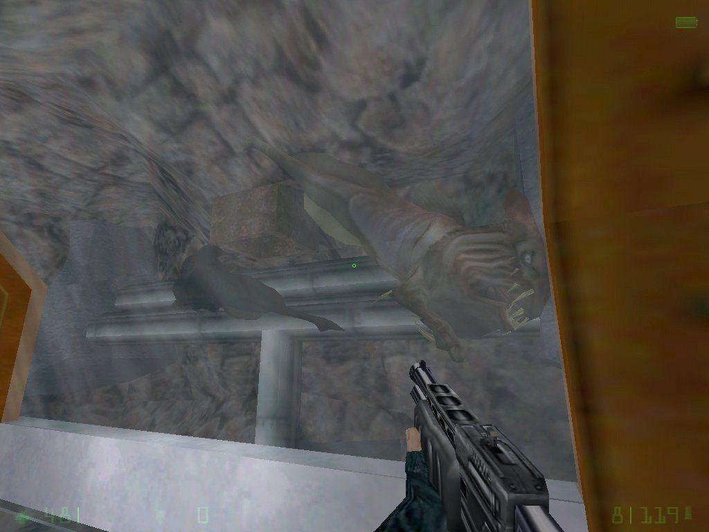 Half-Life: Opposing Force Windows Some nasty fish aliens - glad there's a window between them and you