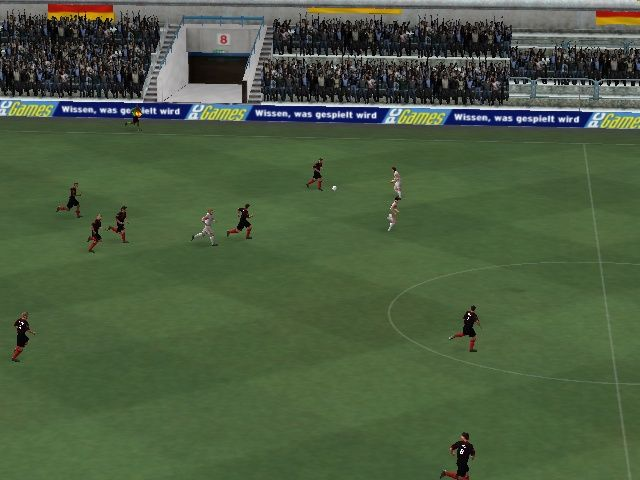 Total Club Manager 2004 Windows In-game. Presentation is the same as a FIFA 2004 game (for the bad and the good things)