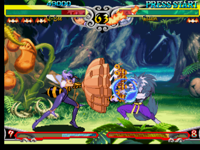 "Darkstalkers 3 PlayStation Gallon (J. Talbain) blocking successfully Q-Bee's counter-attack: her High ""multi-little-bee"" Punch."