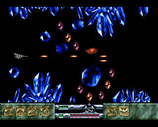 Carcharodon: White Sharks Amiga Destroying some crystals, there are no other enemies here.