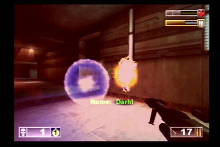 Unreal Tournament PlayStation 2 Darhl has found a shield and will not give up easily.