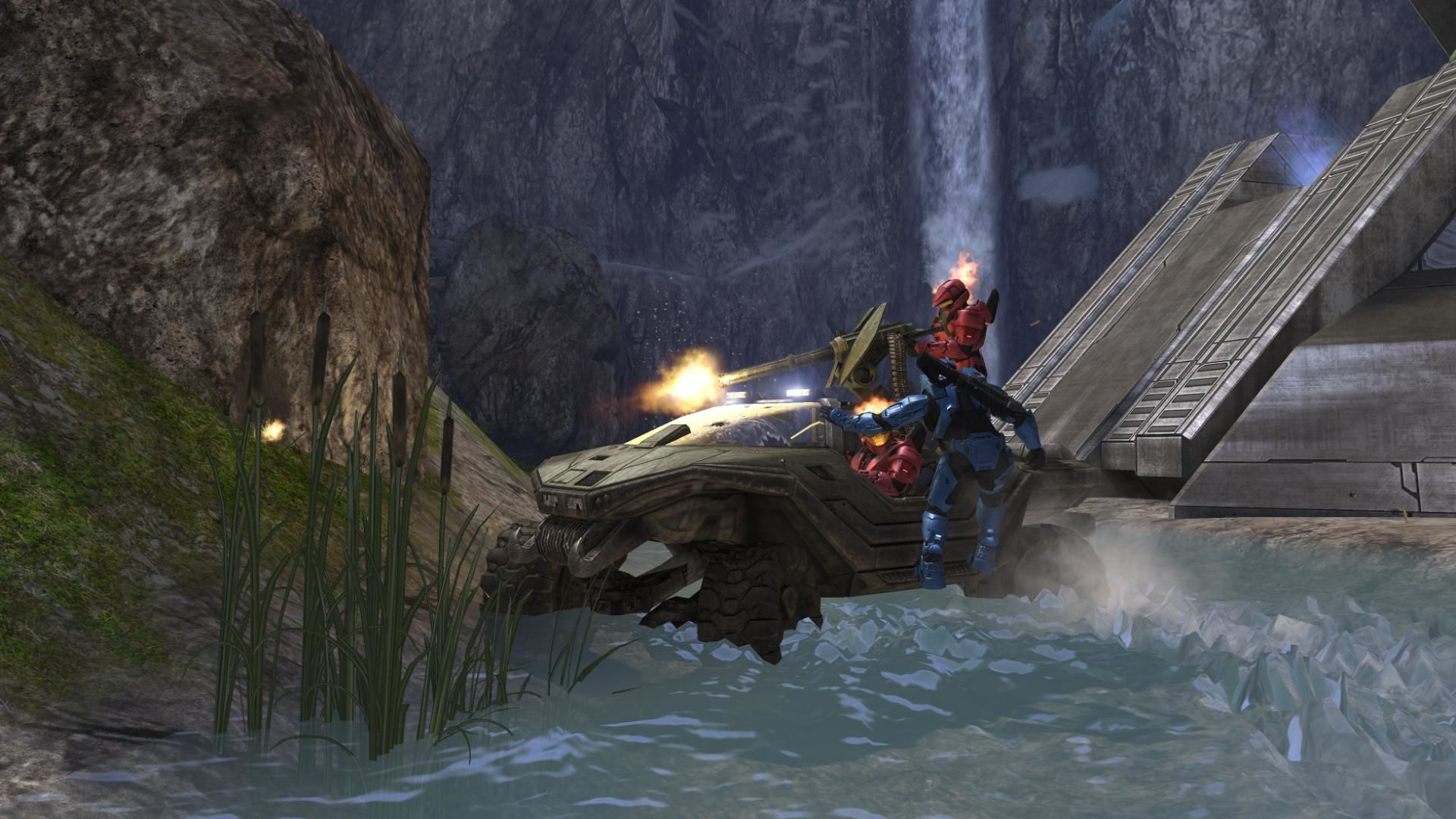 Halo 3 Xbox 360 Blue is hijacking red's Warthog.
