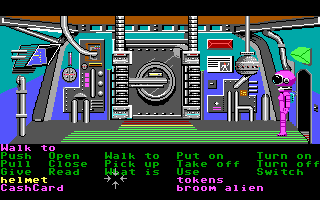 Zak McKracken and the Alien Mindbenders DOS In a Martian building