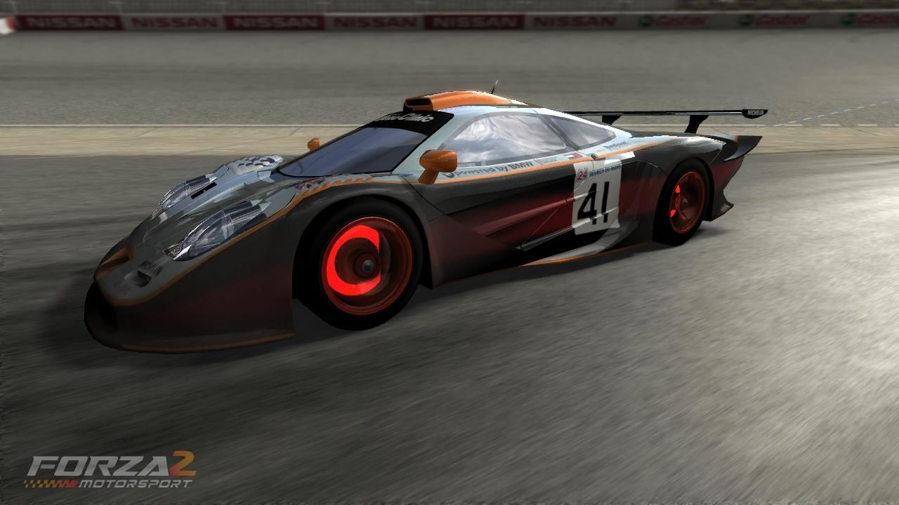 Forza Motorsport 2 Xbox 360 Glowing disc brakes on this McLaren F1 GTR