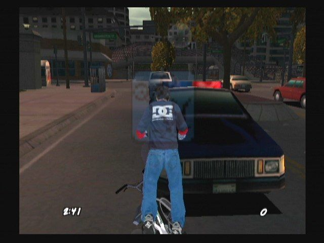 Dave Mirra Freestyle BMX 2 GameCube Watch out for cars!