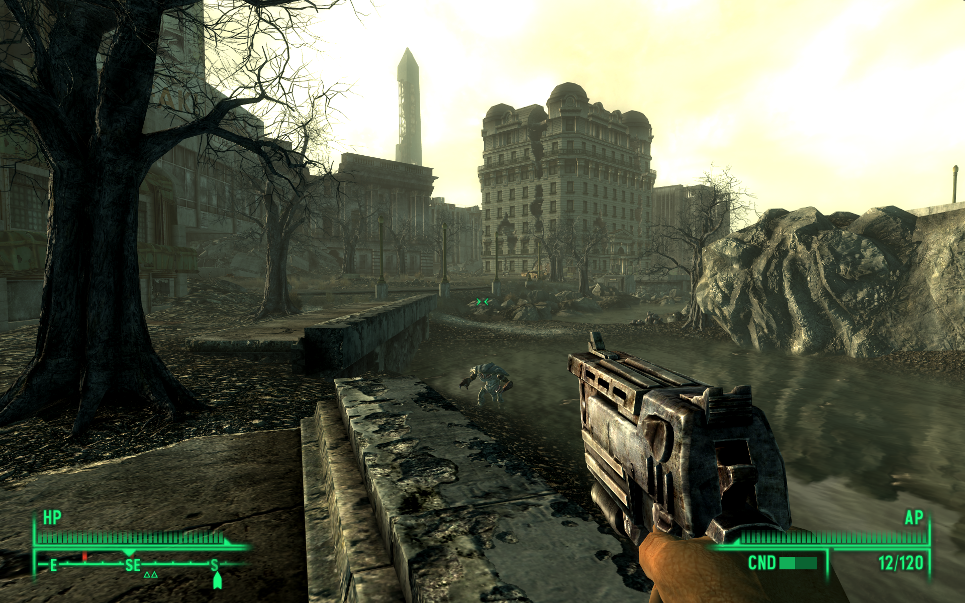337486-fallout-3-windows-screenshot-a-mirelurk-is-crawling-out-of.png