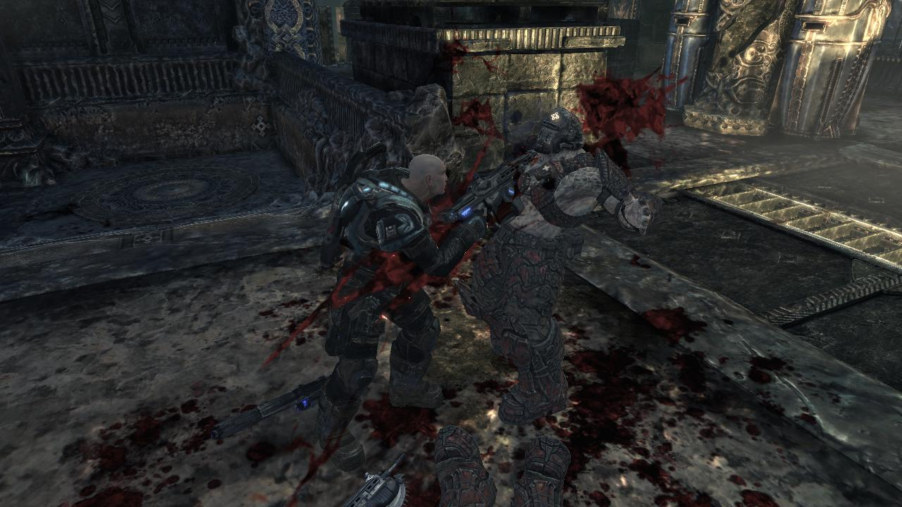 Gears of War 2 Xbox 360 Lt. Minh Young Kim is cutting a Locust into pieces.