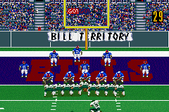 Madden NFL 2002 Game Boy Advance Lining up for the extra point...