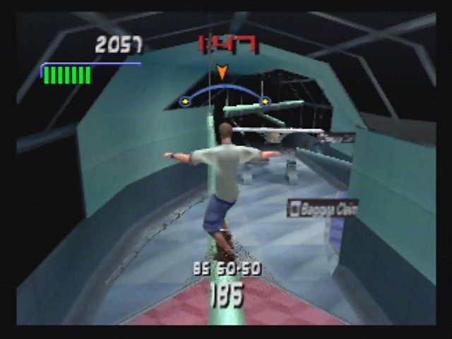 Tony Hawk's Pro Skater 3 Nintendo 64 Riding a lighting fixture at the airport