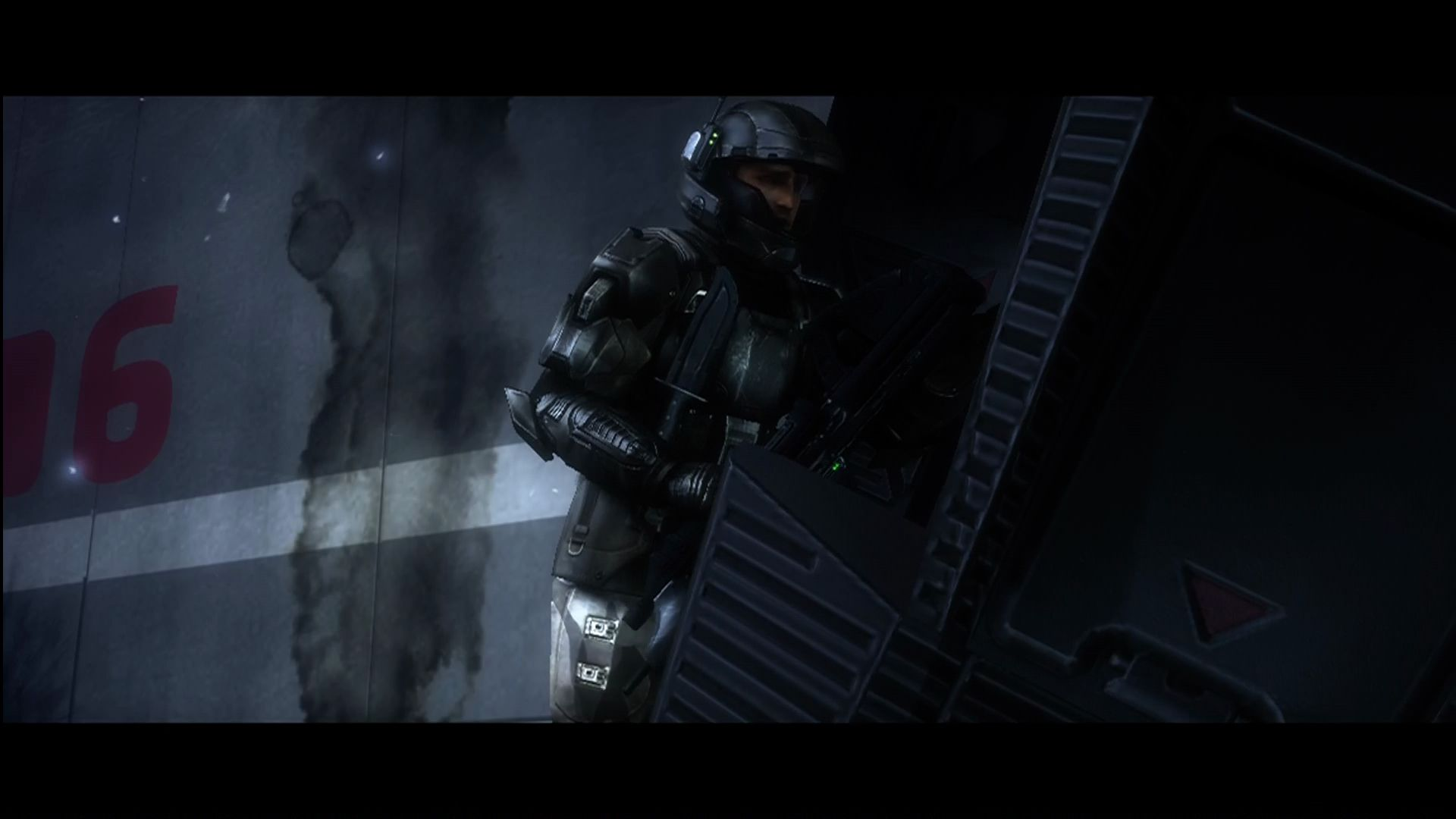 Halo 3: ODST Xbox 360 Gearing up to regroup with the squad.