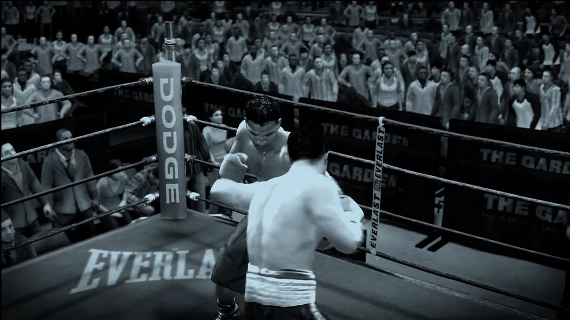 "Fight Night Round 3 Xbox 360 ""ESPN Classic"" rivalry fights use vintage-looking filters."