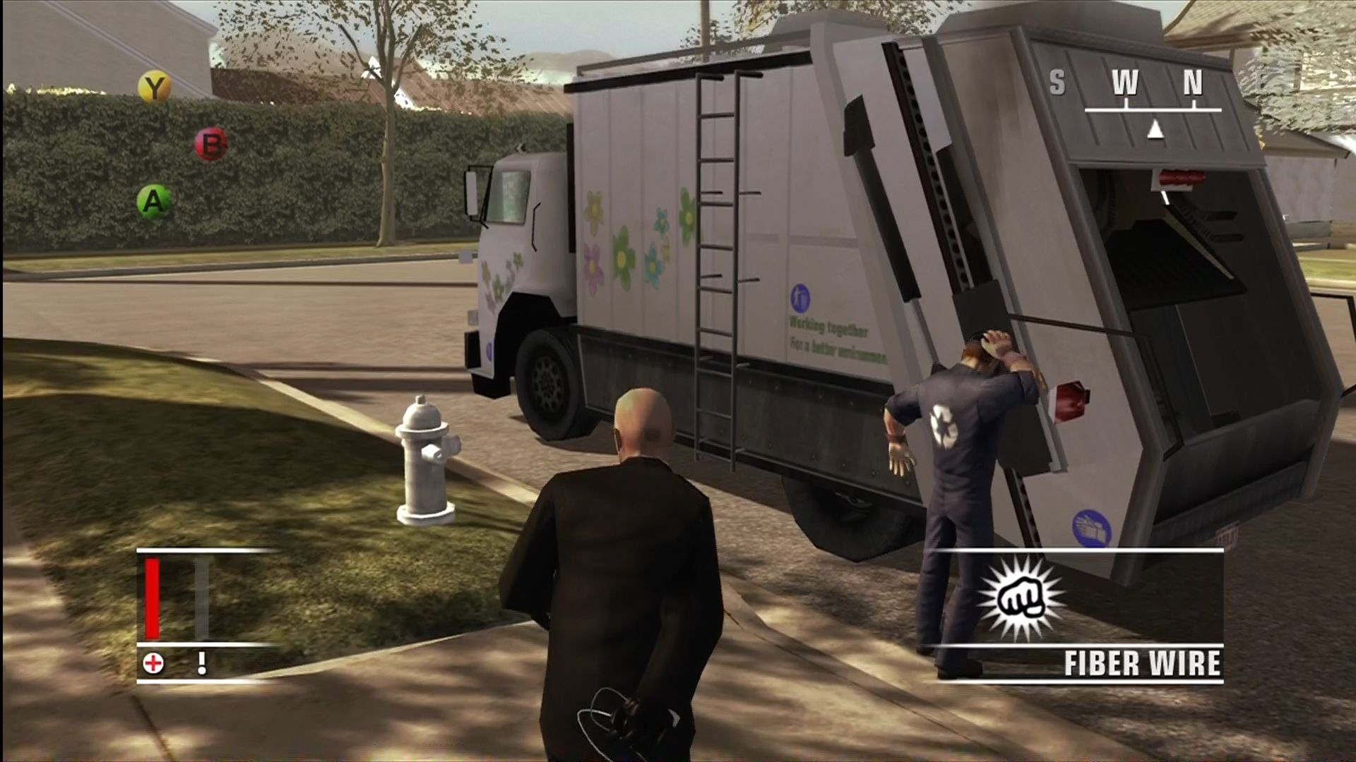 Hitman: Blood Money Xbox 360 47 hides his weapon as he sneaks up on people.