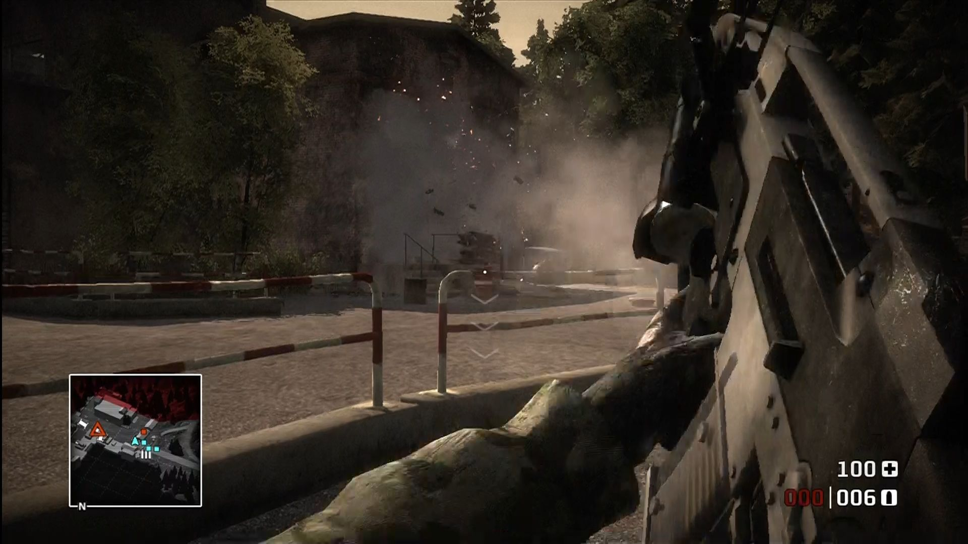 Battlefield: Bad Company Xbox 360 Dropping ordinance with the attached grenade launcher.