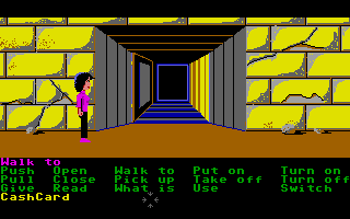 Zak McKracken and the Alien Mindbenders Atari ST Entrance to the pyramid.