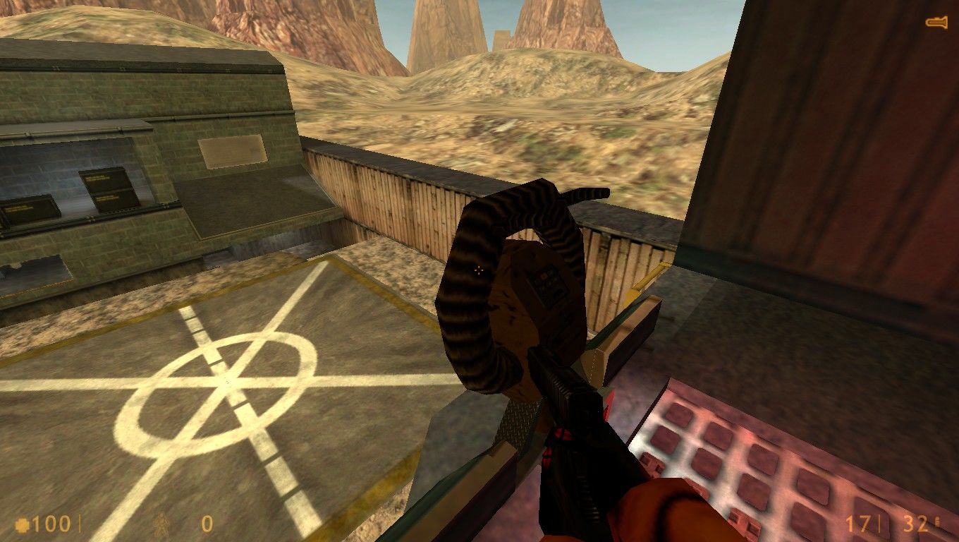 Half-Life: Deathmatch - Source 1