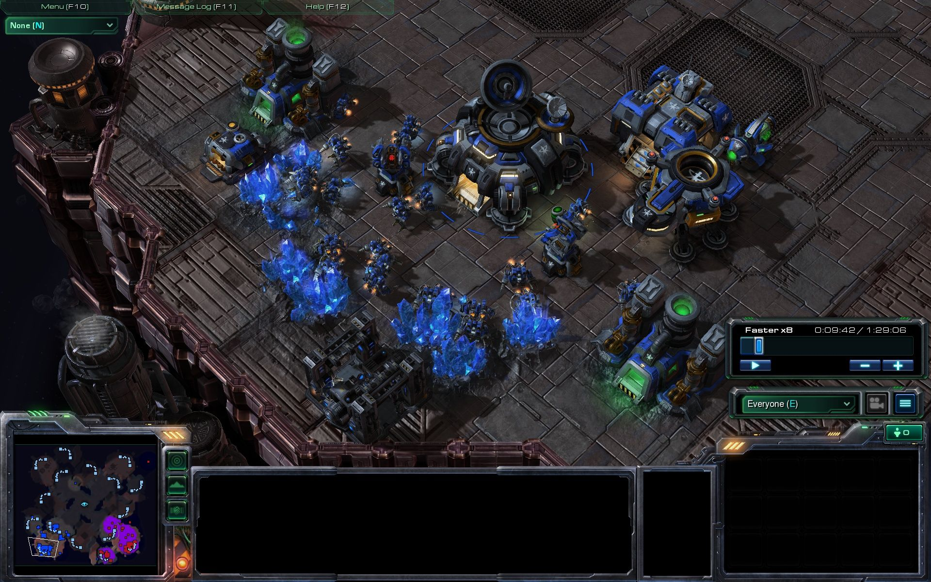StarCraft II: Wings of Liberty Windows Multiplayer: This guy's economy is good.