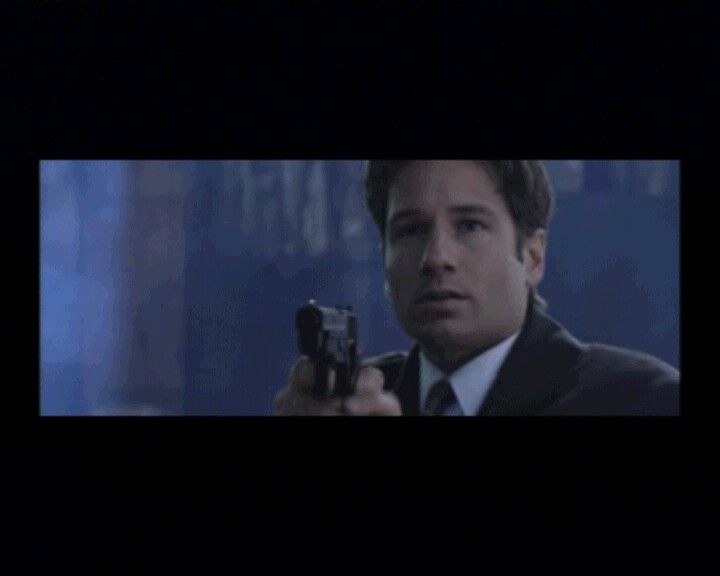 The X-Files Game PlayStation What you see of Mulder and Scully will mostly be in the intro until very late in the game when you actually get a chance to talk to them.
