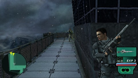 Syphon Filter: Dark Mirror PSP A firefight. Guess who's gonna win