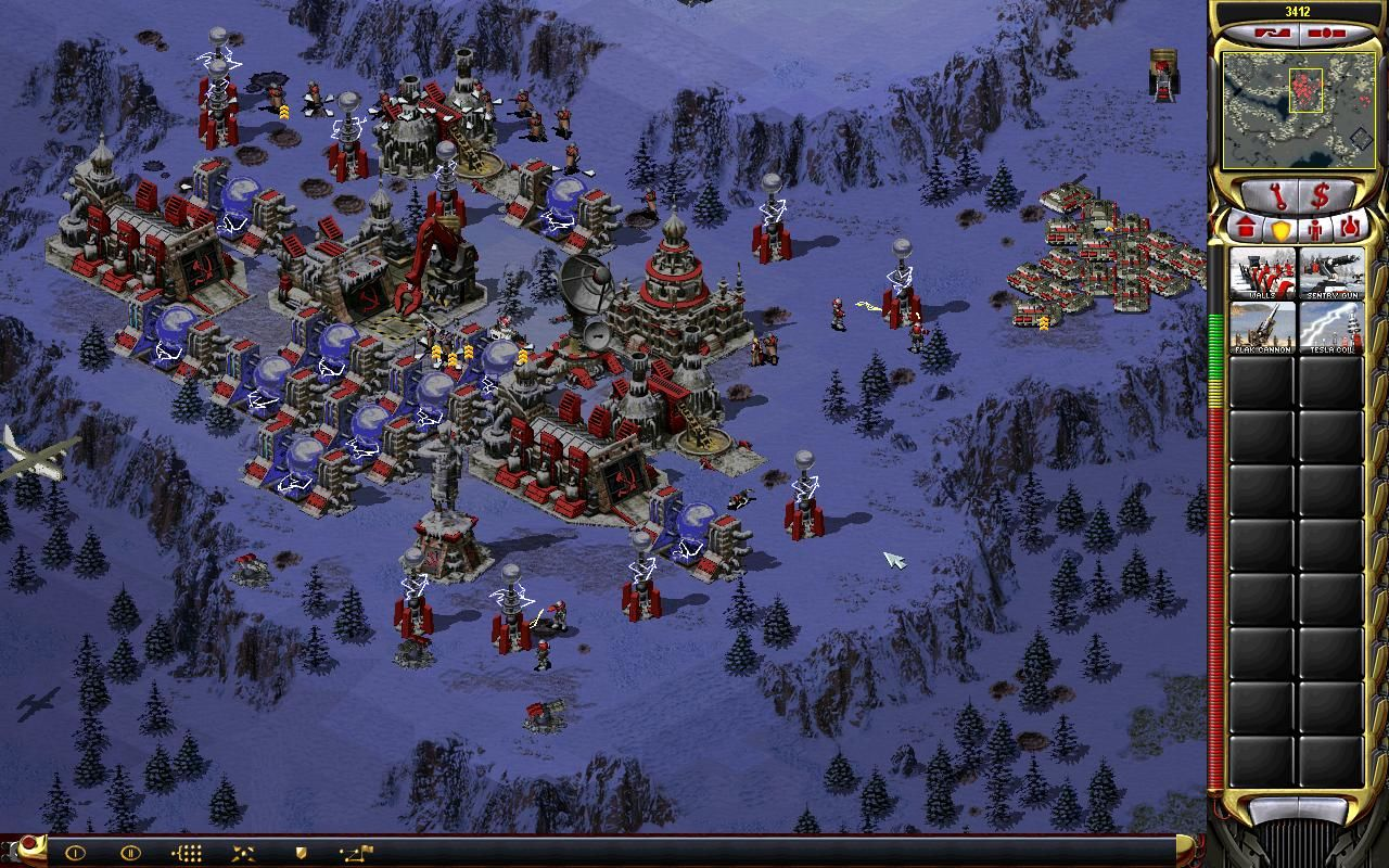 Command & Conquer: Red Alert 2 Windows I'm defending the Soviet Battle