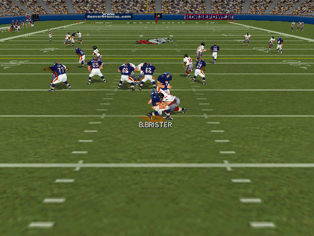 Madden NFL 2000 Windows Bubby Brister is sacked.