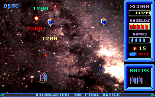 Kiloblaster DOS Episode 3 : It looks much easier in demo mode. Here the payer has full shields and is making it count