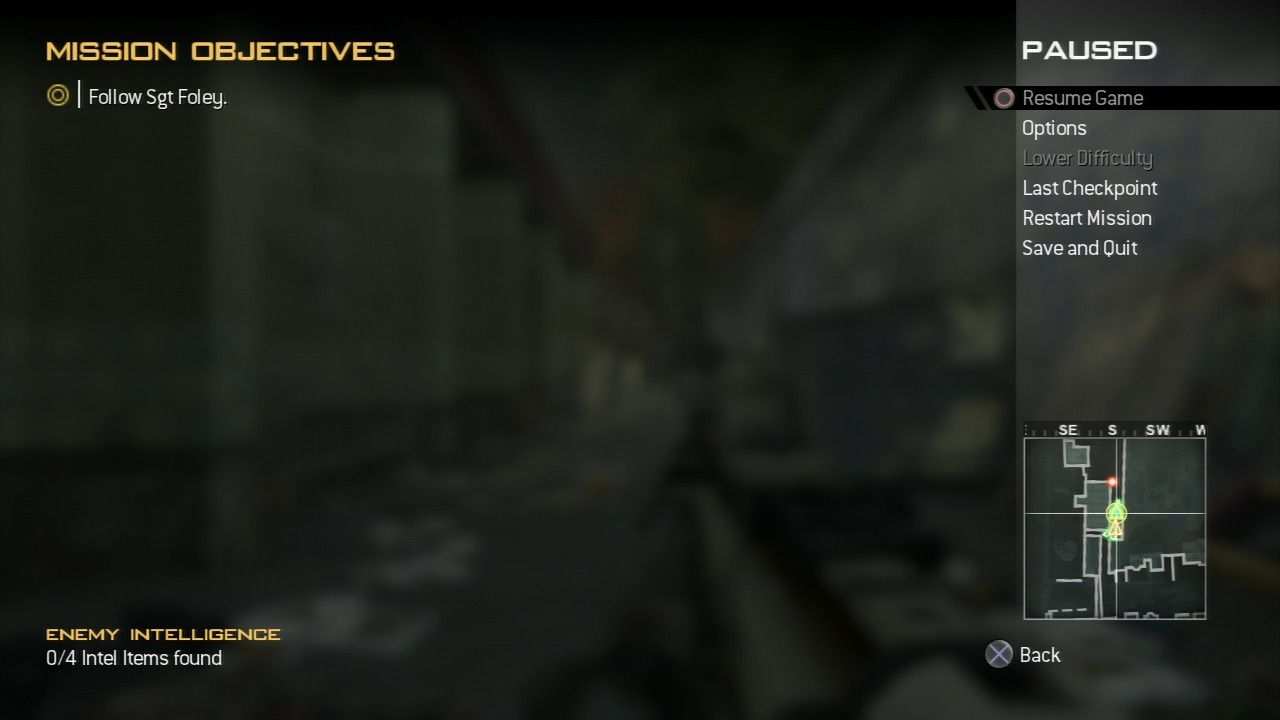 Call of Duty: Modern Warfare 2 PlayStation 3 Pause game to check mission objectives and map.