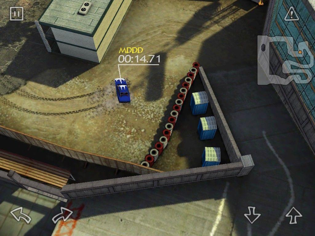 Reckless Racing iPad Construction course has very tight turns