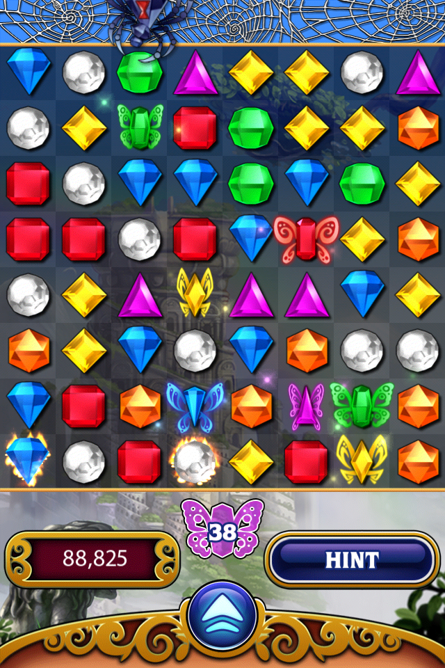 Bejeweled 3 iPhone The spider is hungry, watch out!