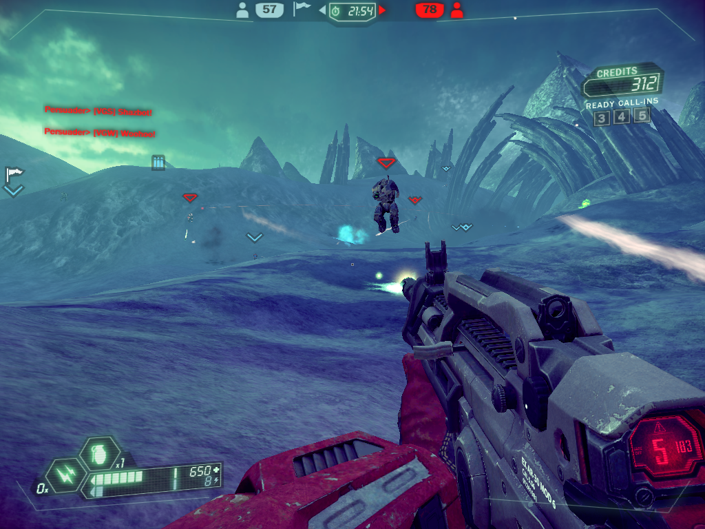 Tribes: Ascend Windows Aerial warfare in Team Deathmatch mode. I'm about to get barbecued.