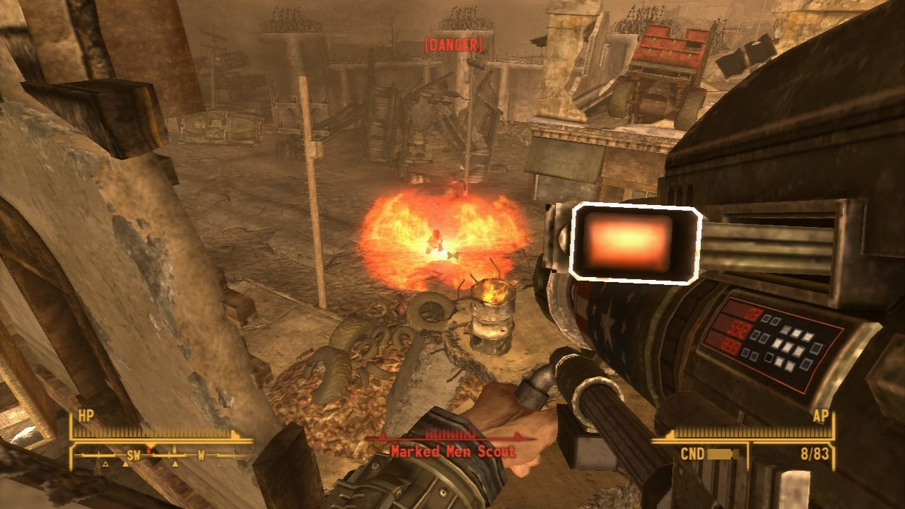 Fallout: New Vegas - Lonesome Road PlayStation 3 Using heavy weapons against new breed of mutants.