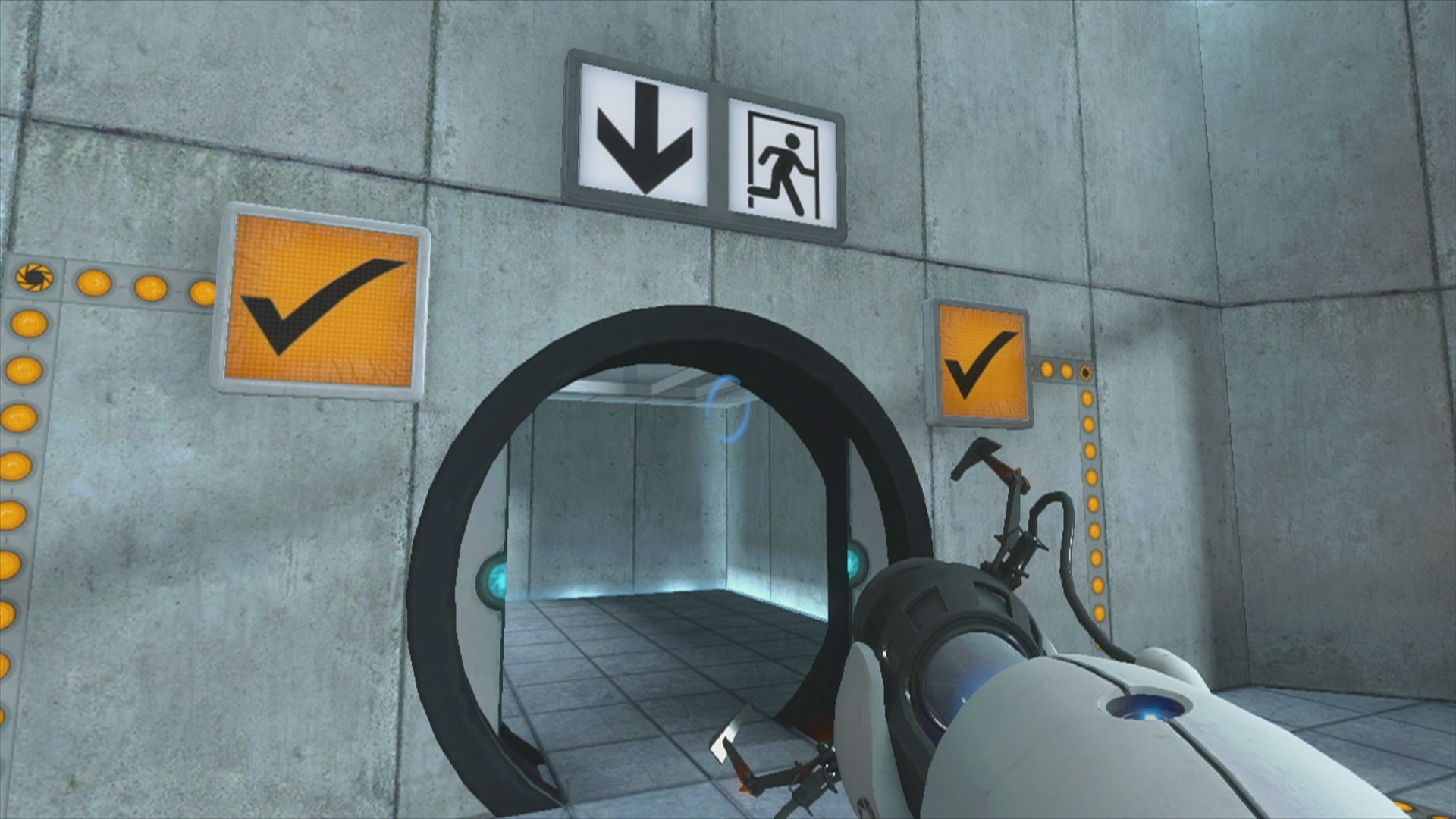 The Orange Box Xbox 360 <i>Portal</i>: signs on the wall will tell you whether you solved a puzzle