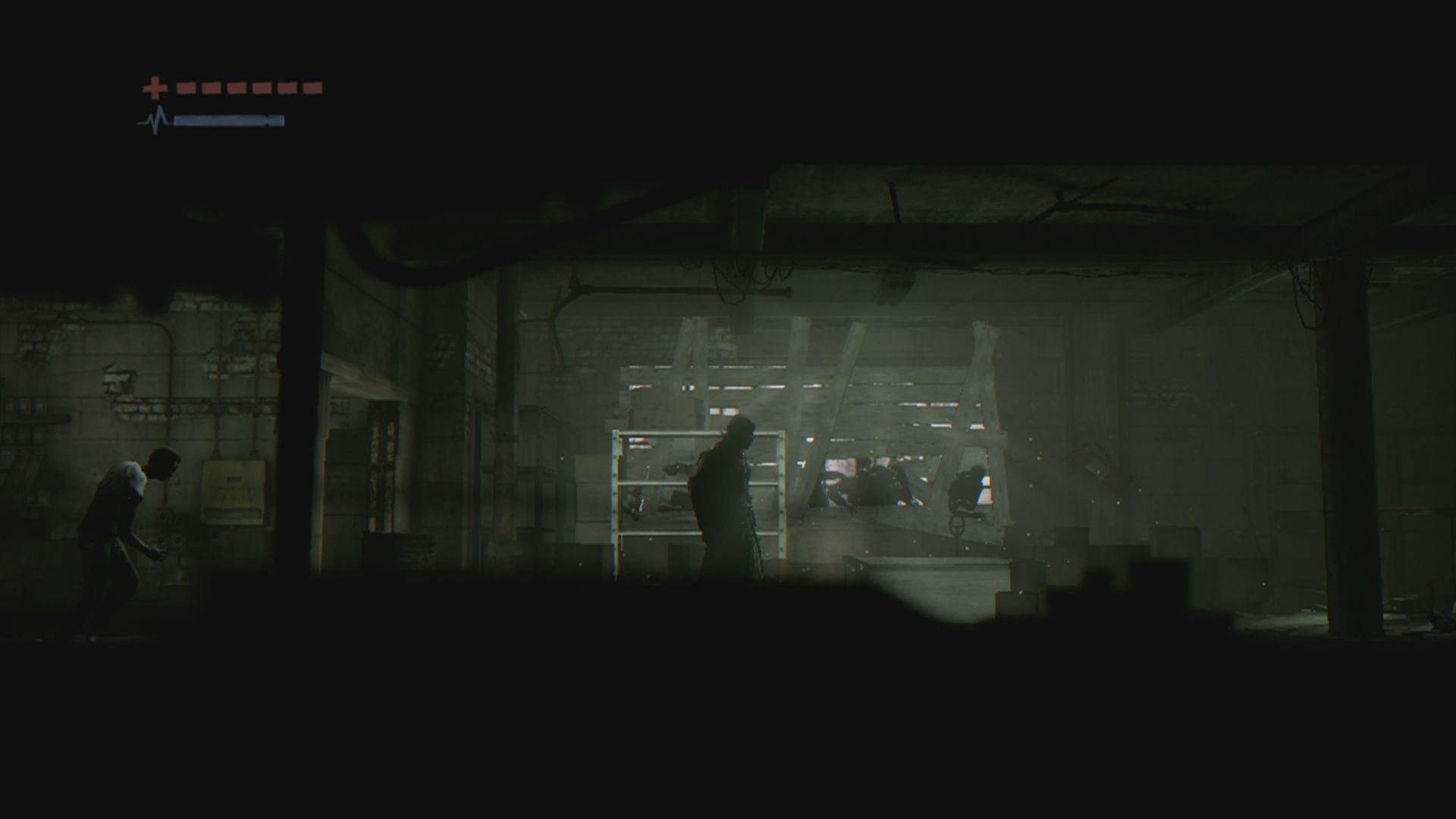 Deadlight Xbox 360 The size of the screen elements changes often to give a better view of the surroundings