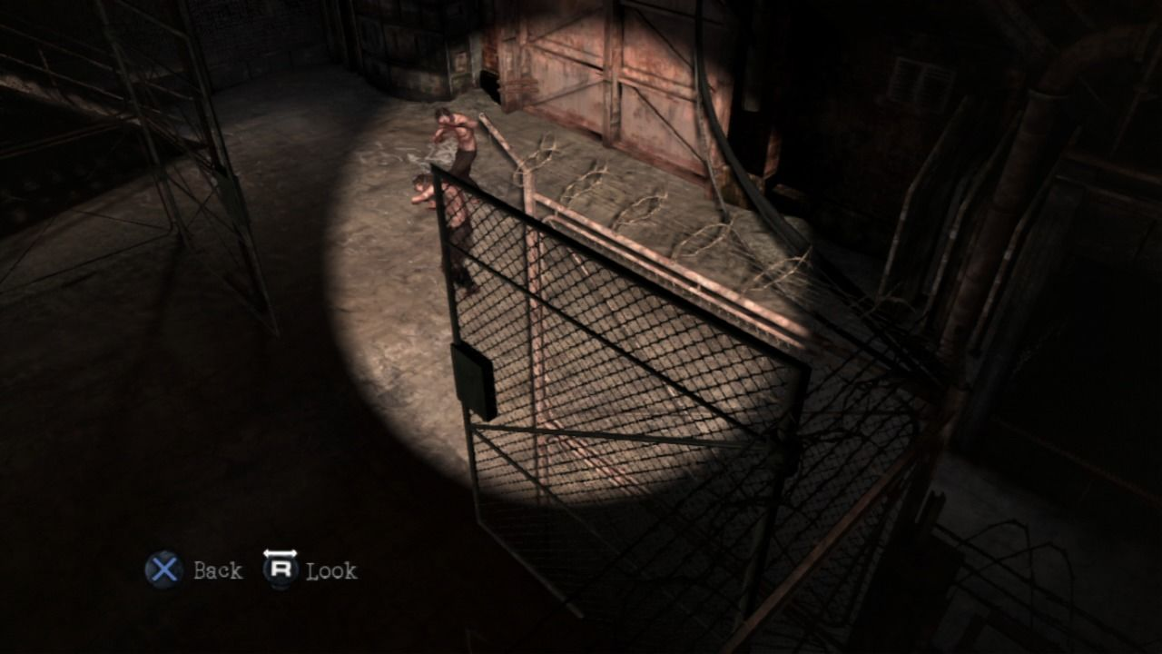 Silent Hill: Downpour PlayStation 3 Use the light to scare off the monsters into the inner court area.