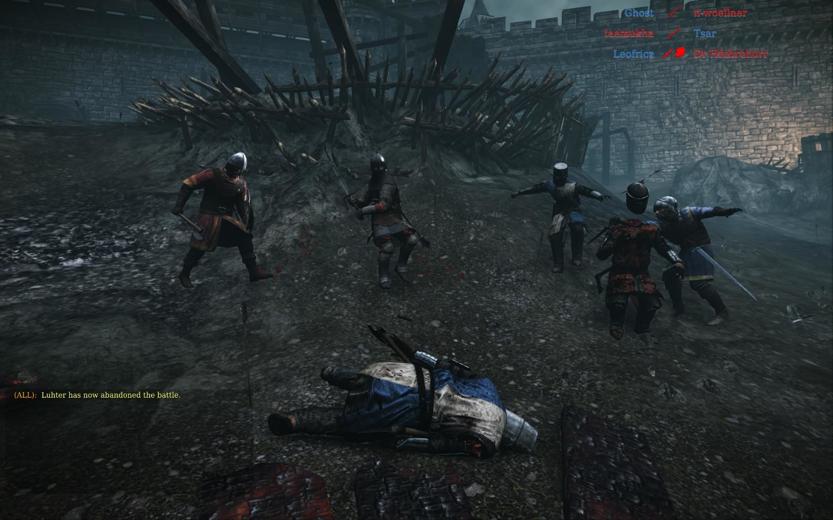 Chivalry: Medieval Warfare Windows A mason vanguard losing his head on the battlefield (Battleground map).