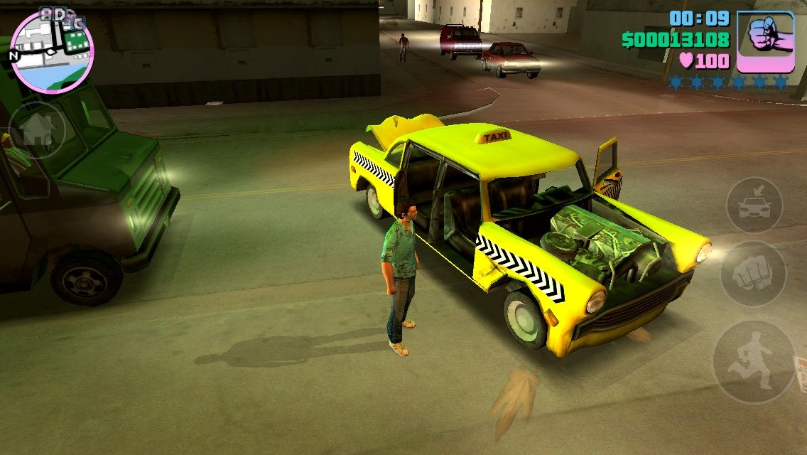 Grand Theft Auto: Vice City iPhone Car damage is nice graphics