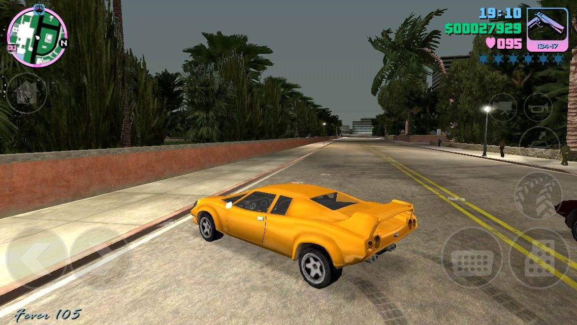 Grand Theft Auto: Vice City iPhone Stole a nice Lamborghini Murcielago