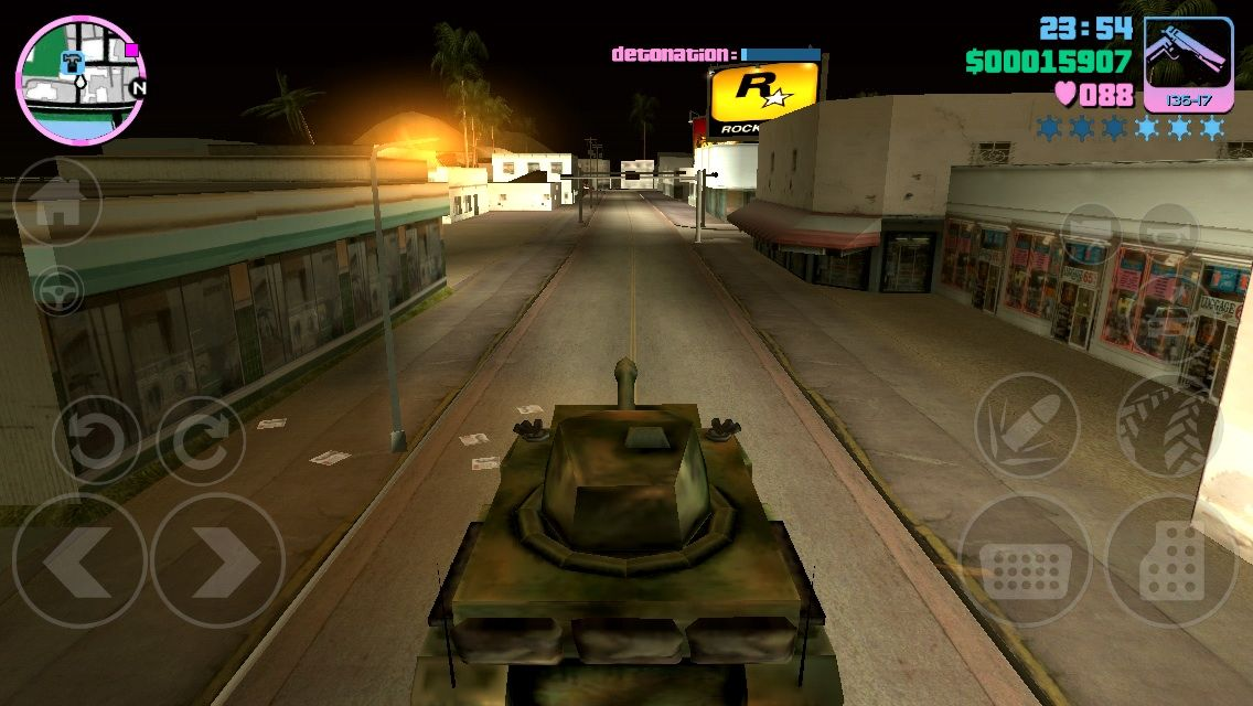 Grand Theft Auto: Vice City iPhone Driving a stolen army tank for a mission