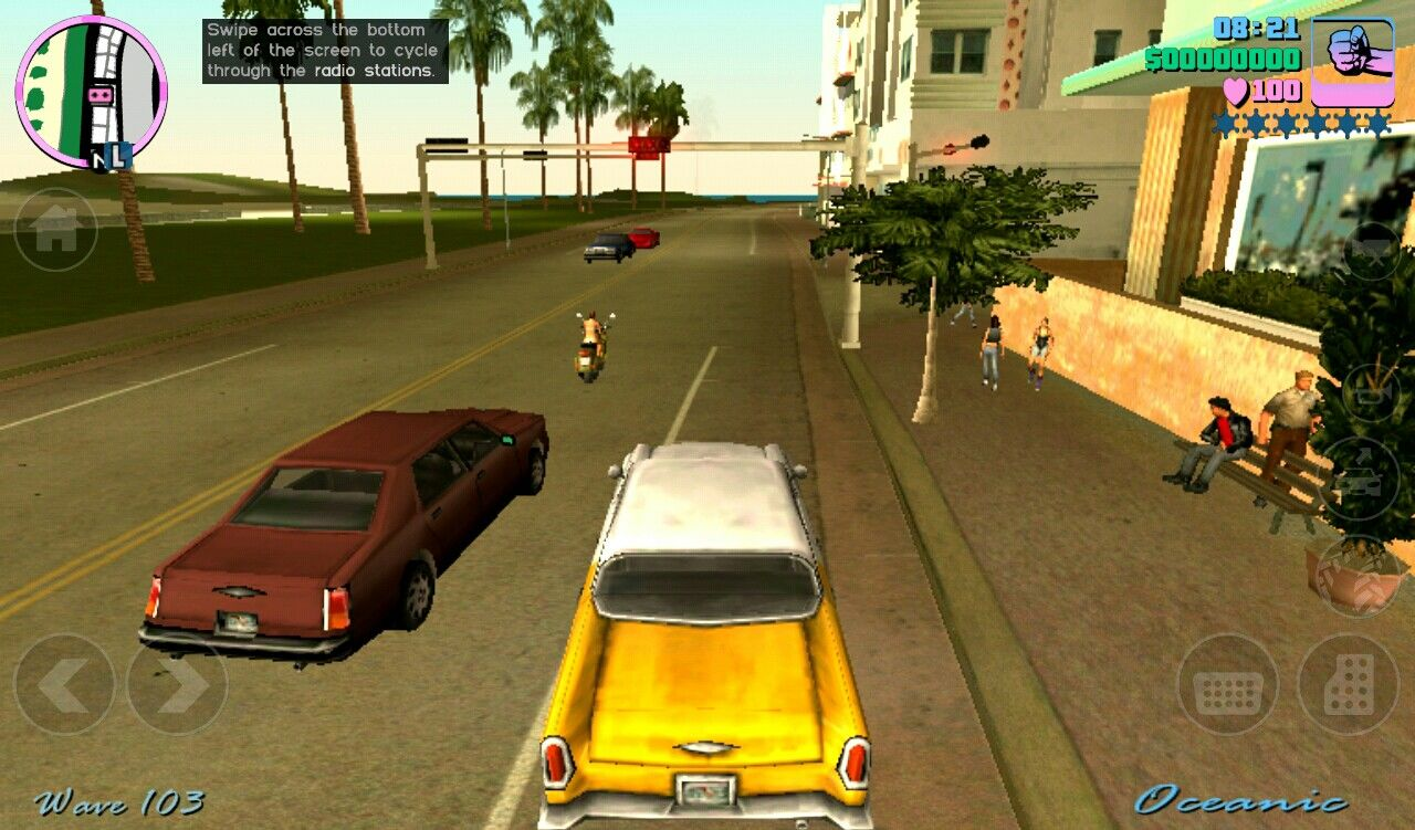 Grand Theft Auto: Vice City iPad Driving a old 1950's Chevy