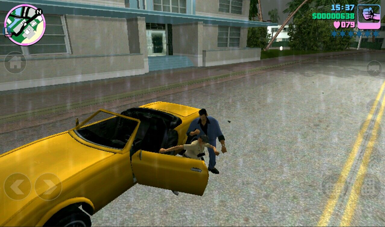 Grand Theft Auto: Vice City iPad Stealing a car for a joyride or mission