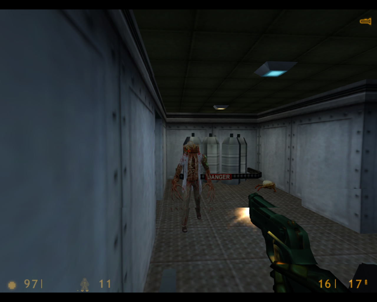 Half-Life Linux A mutated scientist