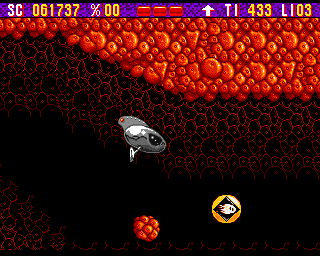 Zool Amiga Bonus stage - Zool is flying his ship inside the body